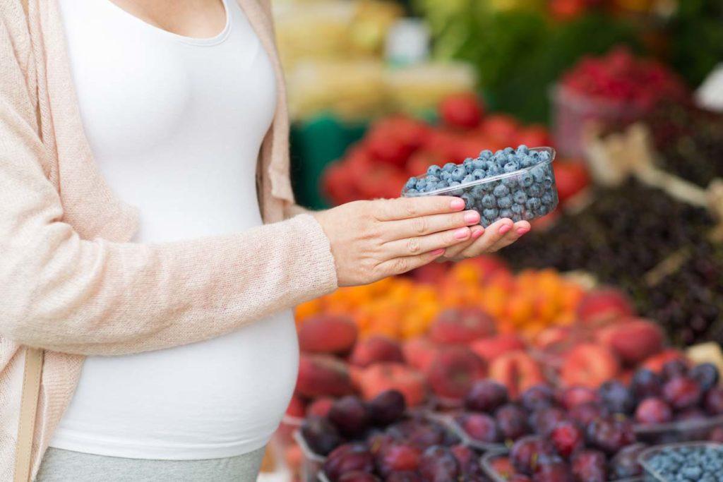 Étkezés a terhesség alatt - mit egyen a kismama